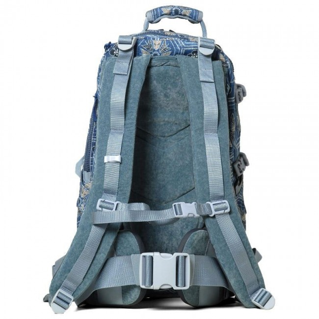 backpack-detail7