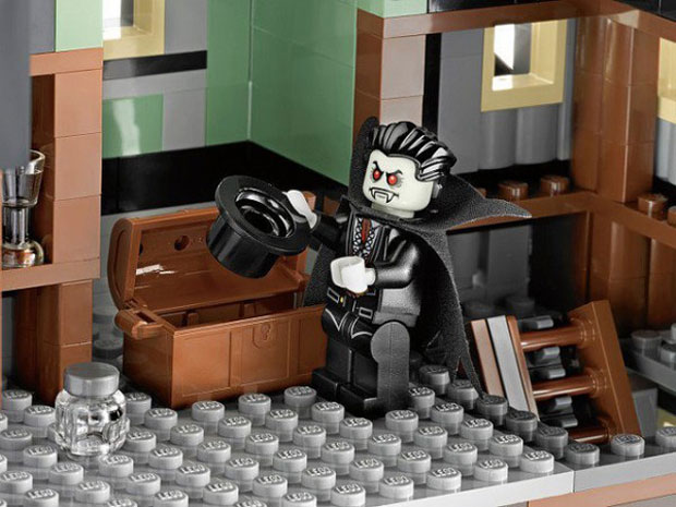 lego-haunted-house7