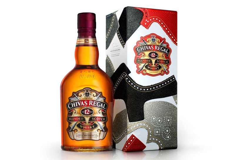 "Chivas Regal 12年 ""Made for Gentlemen"" 雕花皮鞋限量版禮盒"