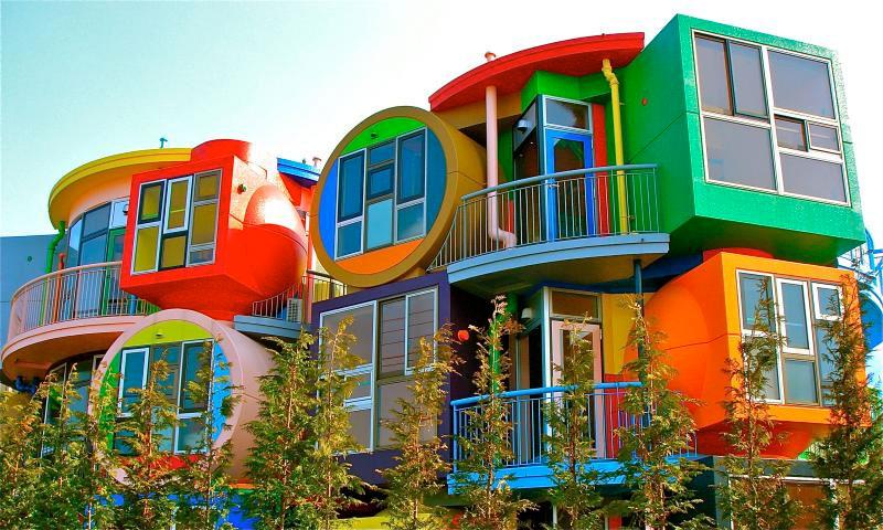 世界各地18家色彩鮮豔的漂亮建築 8
