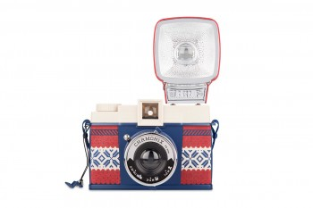 Diana-F+_Winter-Ed_front