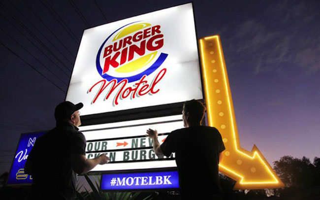 In New Zealand, A Pop-Up Burger King Motel Where You Can Eat Its New Burger 1