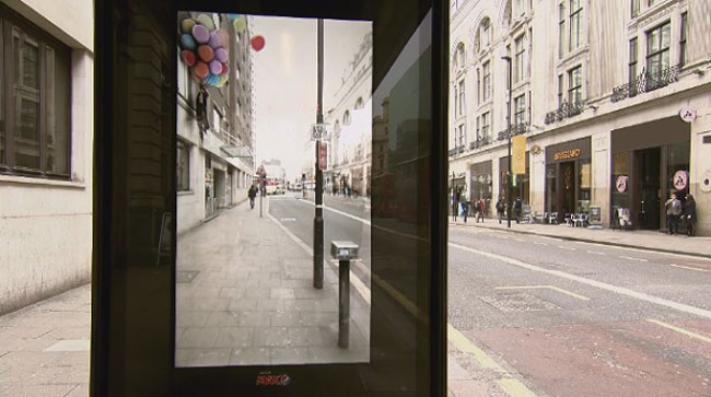 Pepsi Pranks People At A Bus Stop With A Digital Billboard 2