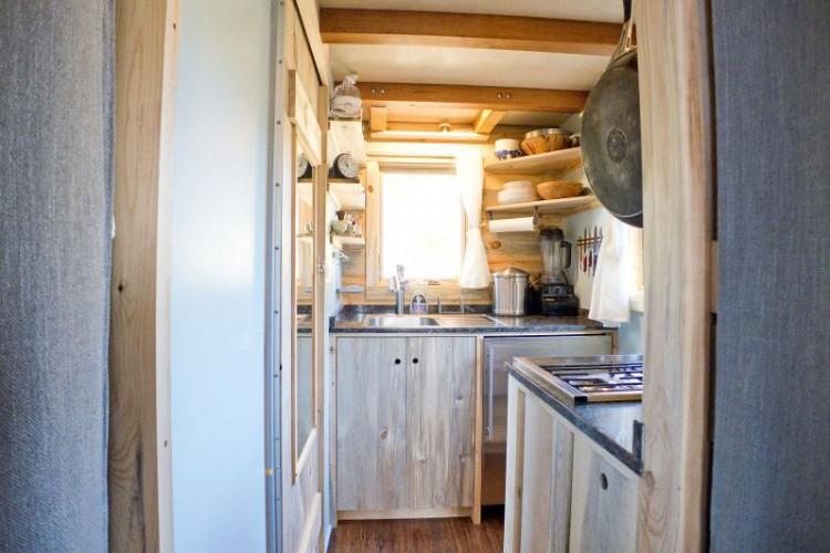 kitchen_in