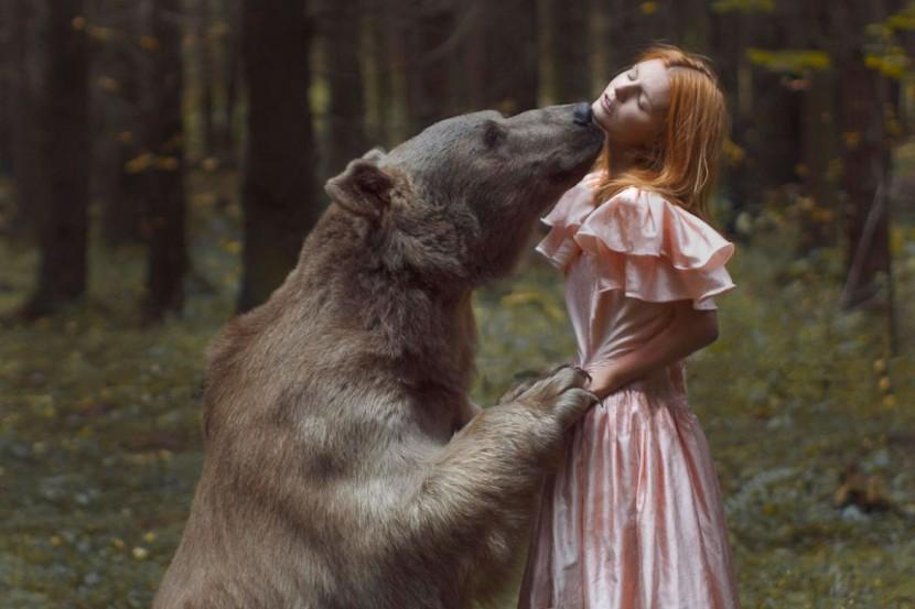 "Katerina Plotnikova攝影作品之""美女與野獸"" 3"