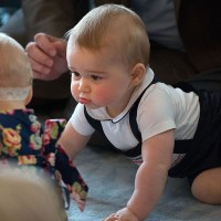 Prince George meets New Zealand babies 10