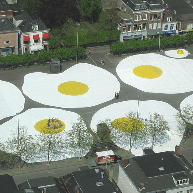 Art Eggcident By Henk Hofstra 2