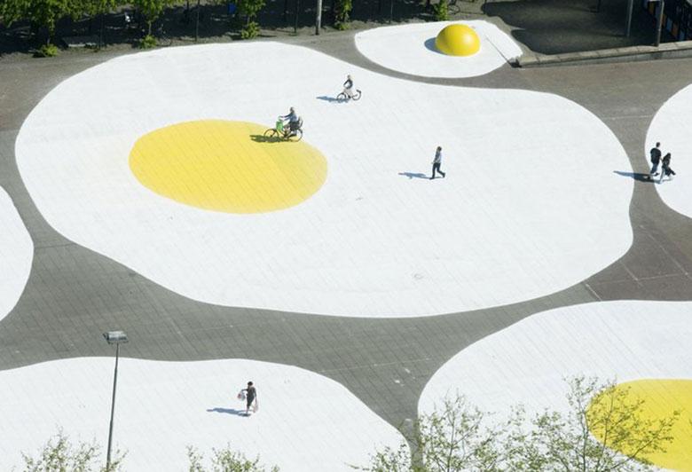 Art Eggcident By Henk Hofstra 11