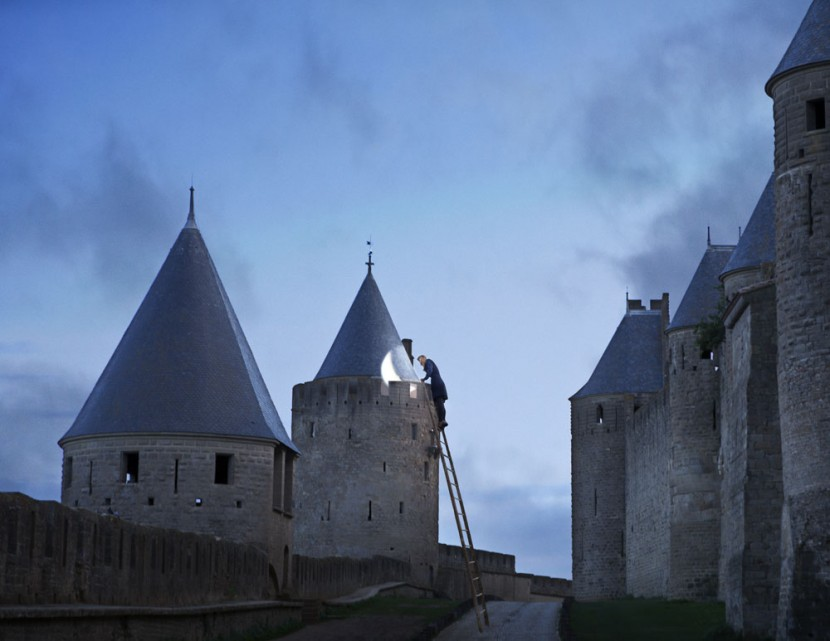 One Photographer's Playful Journey Through 25 Historic Sites in France 14