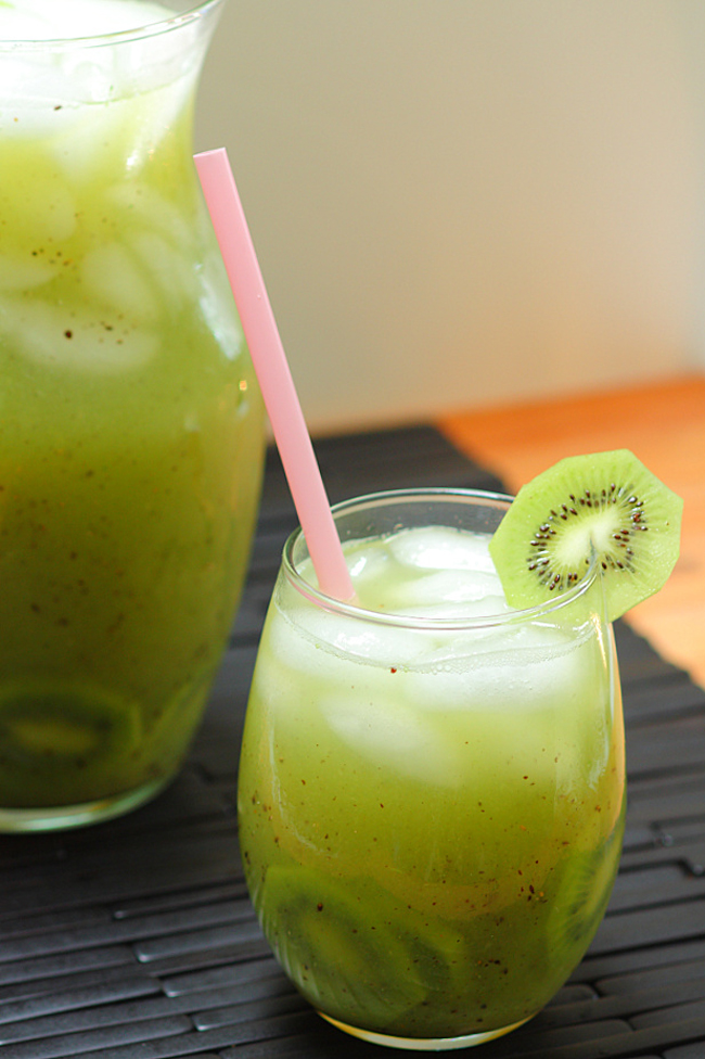 14 Beautiful Fruit-Infused Waters To Drink Instead Of Soda 2