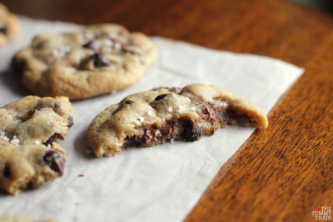 23 Life-Changing Ways To Eat Chocolate Chip Cookies 23