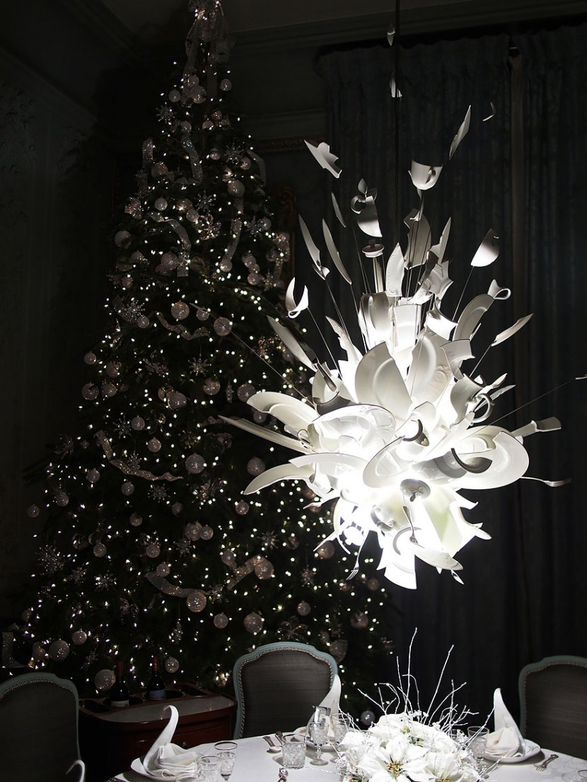 25 Of The Most Creative Lamp And Chandelier Designs 32
