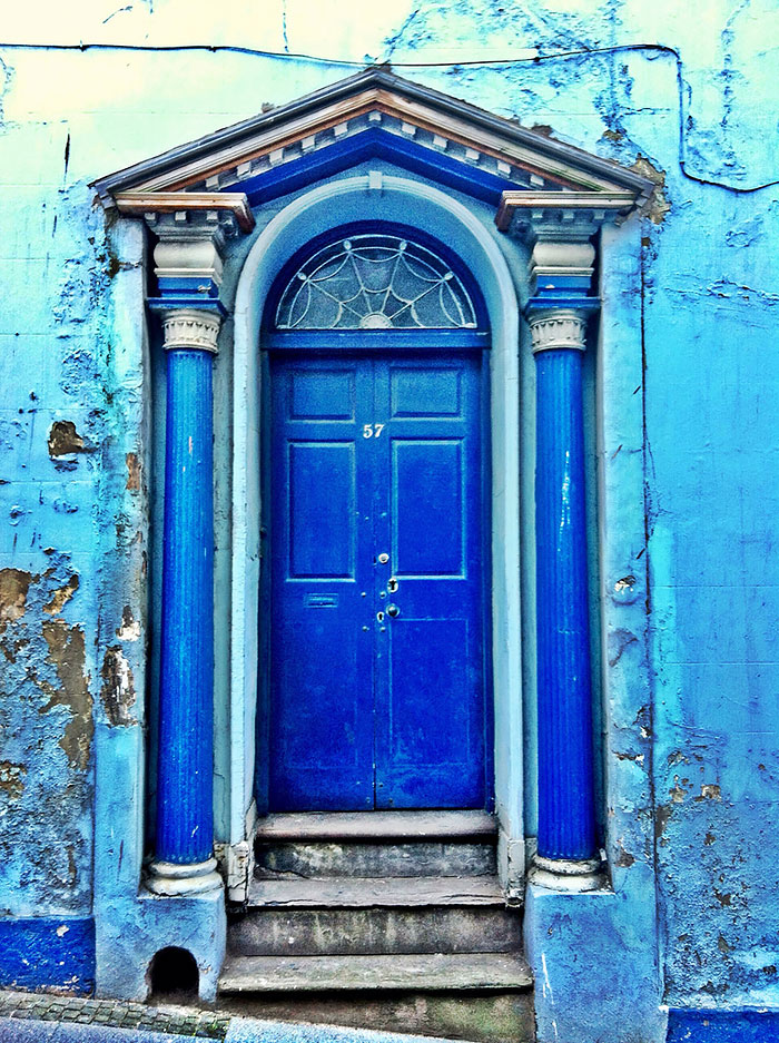 30扇令人歎為觀止的門,帶你通往奇幻世界 23
