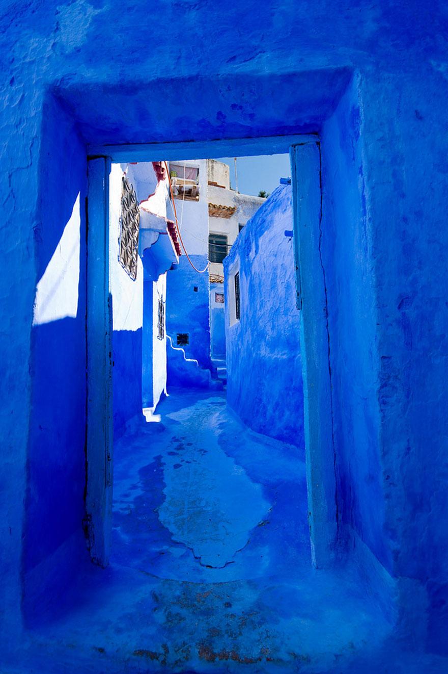 彷彿踏入童話故事中的摩洛哥藍色老城 1