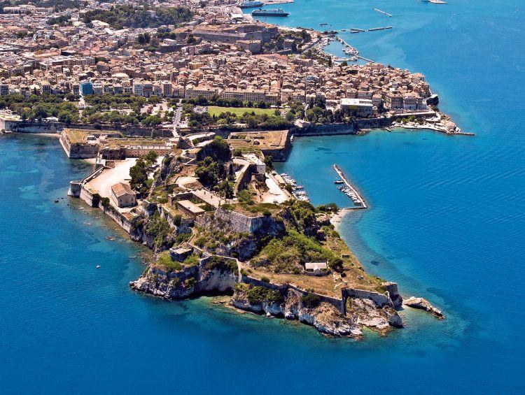 換上泳裝吧!夏天一定要拜訪的10個夢幻度假海島 1