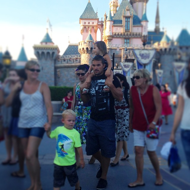 DILFs Of Disneyland Is The Instagram Account we all have Been Waiting For 4