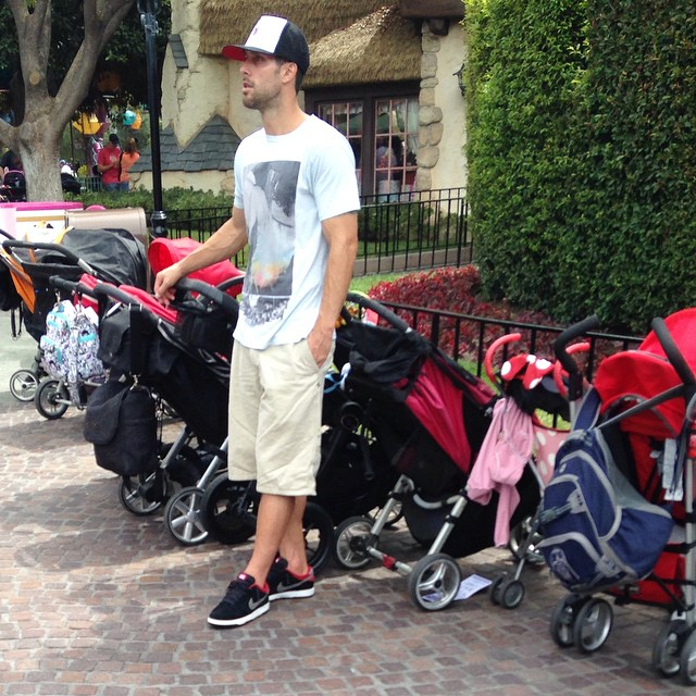 DILFs Of Disneyland Is The Instagram Account we all have Been Waiting For 9