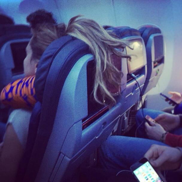 赤足、剪指甲這些事你也在飛機上做過嗎,前空服員表示你可能會成為最不受歡迎的乘客 12