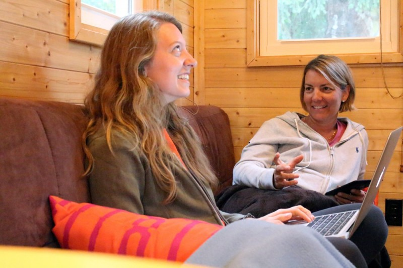 I Spent 3 Days In A 'Tiny House' With My Mom To See What Micro-Living is 20