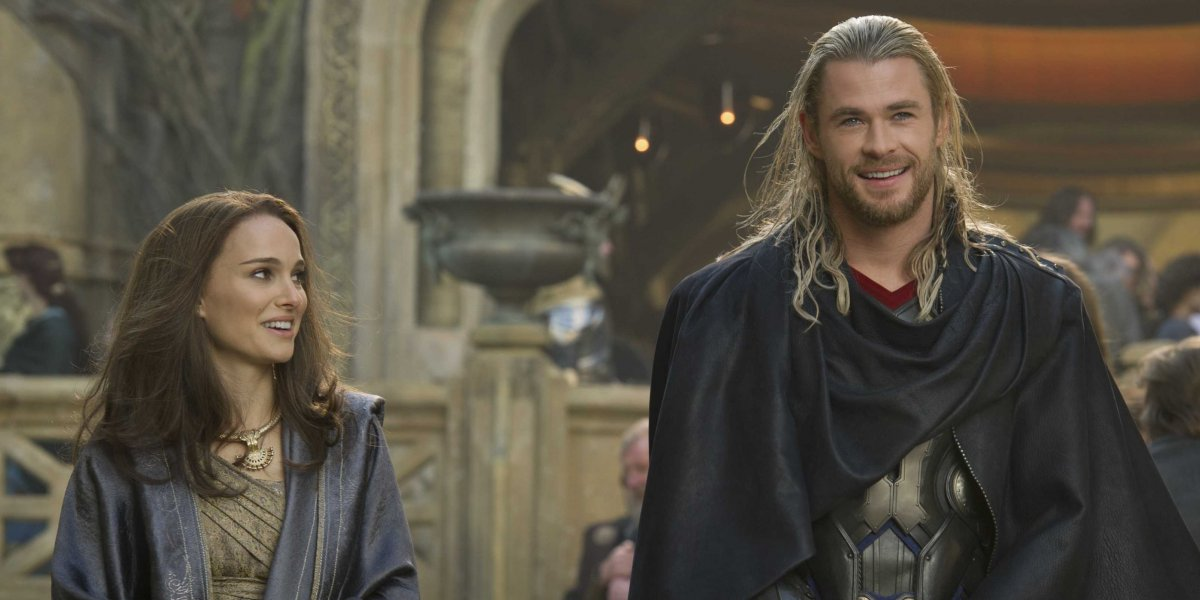 Who Is The Mystery Woman In 'The Avengers' Sequel Trailer   5