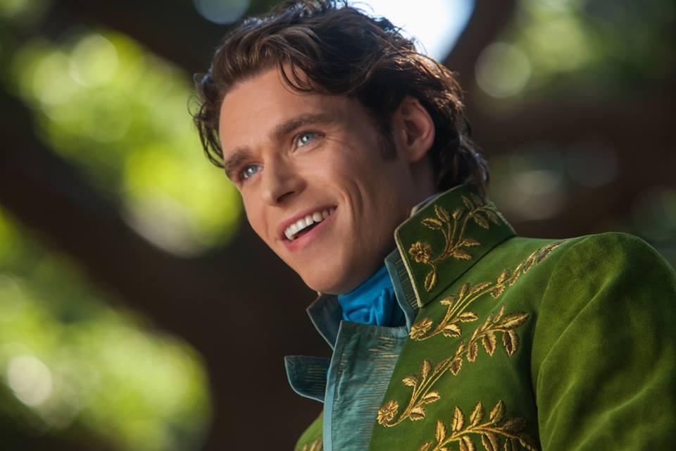 首支真人版《Cinderella》預告片:王子最終能找到玻璃鞋的主人嗎? 3