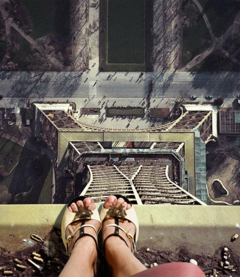 大家知道在Eiffel Tower的最上頭其實隱藏一間公寓嗎?據說連Thomas Edison都來過 4