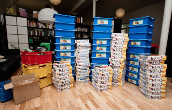 Genius Builds An Entire Wall Of Legos In His House, And It's Awesome 5