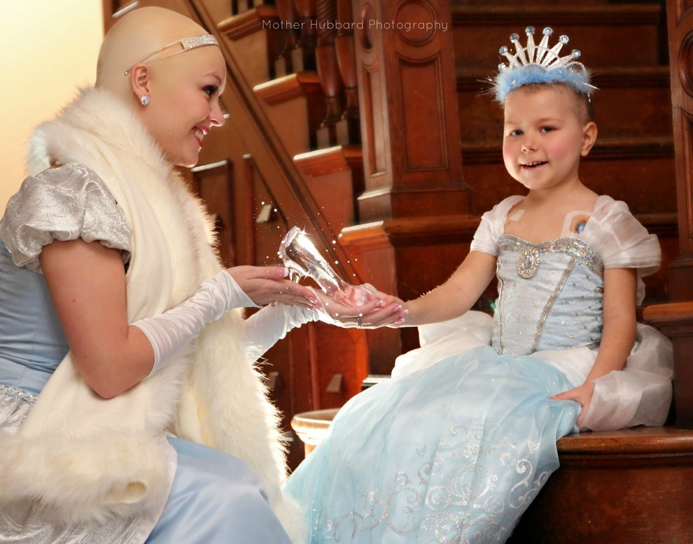 A Bald Cinderella Gave A Little Girl With Cancer Surprise 1