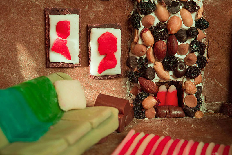 A Website That Lets You Book A Virtual Stay like Gingerbread House 3