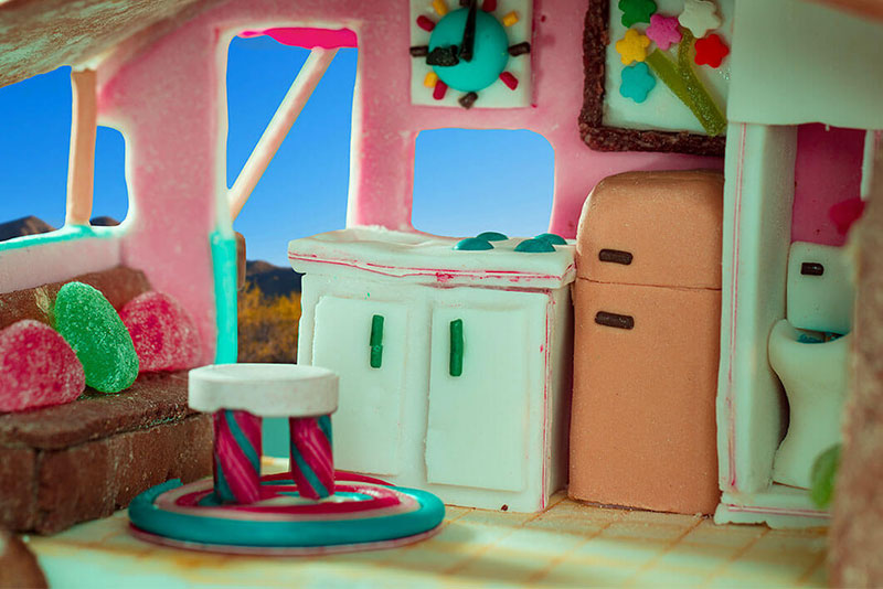 A Website That Lets You Book A Virtual Stay like Gingerbread House 8