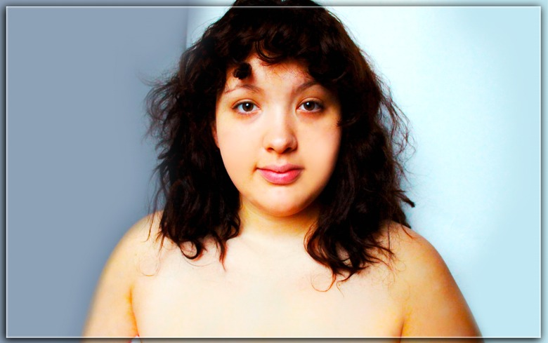 Plus-Size Woman Gets Photoshopped Based On 21 Cultures Of Beauty 26