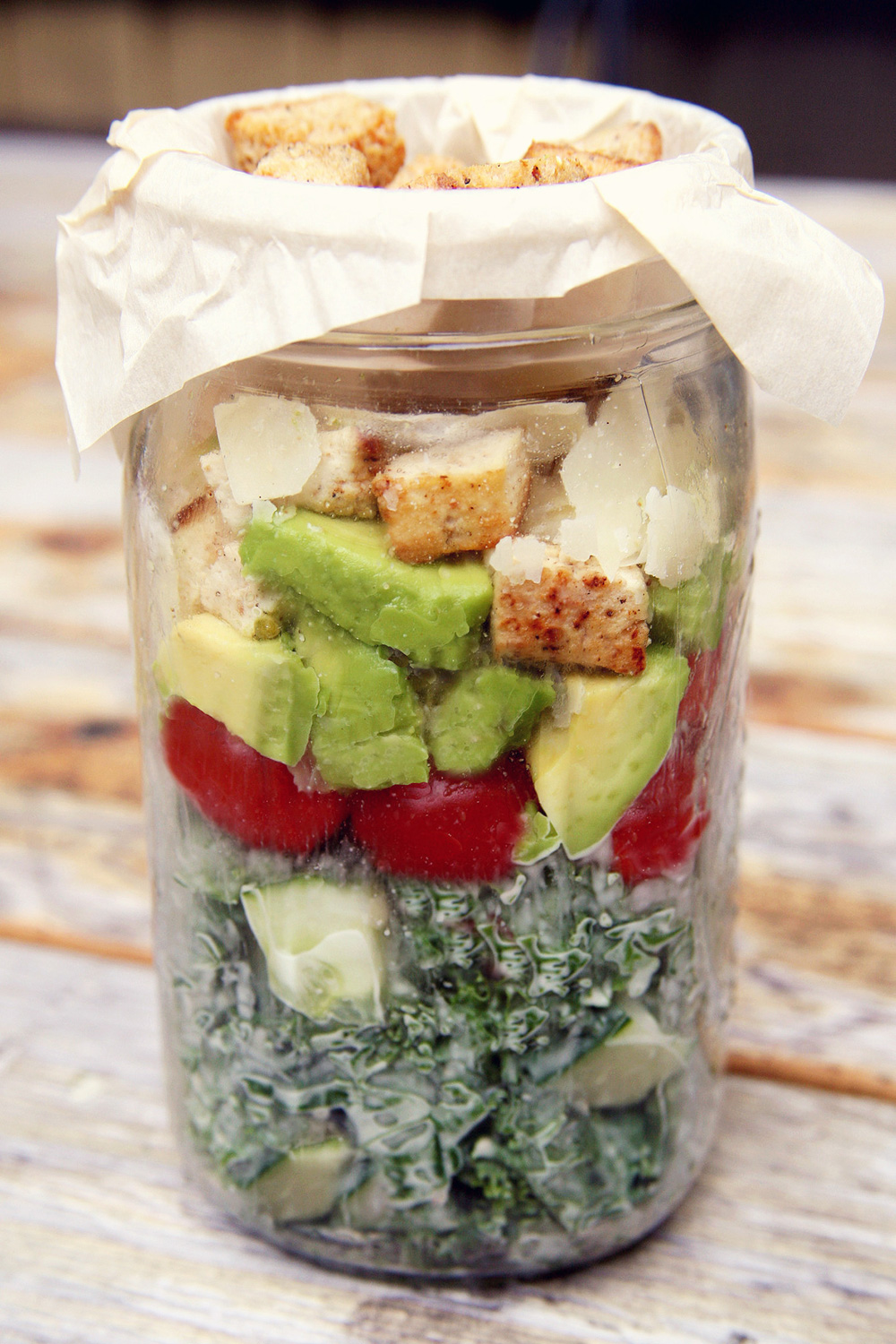 Mason Jar Salads That Will Transform Your Lunchtime 2