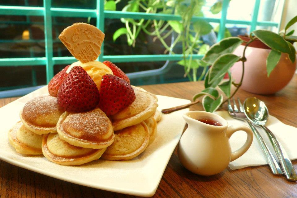 taipei waffle dessert store 13