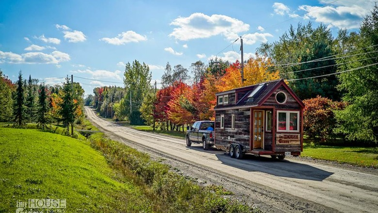 This Couple Built A Tiny House And Traveled Around The Country, Writing And Taking Photos — PHOTOS 1