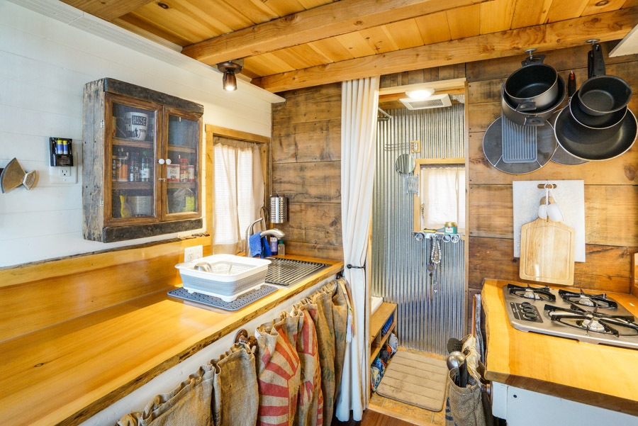 This Couple Built A Tiny House And Traveled Around The Country, Writing And Taking Photos — PHOTOS 7