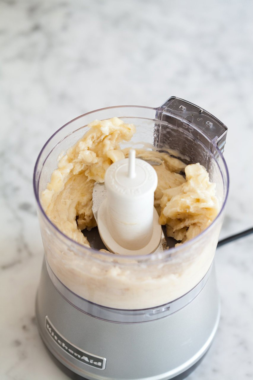 How to Make Creamy Ice Cream with Just One Banana 8