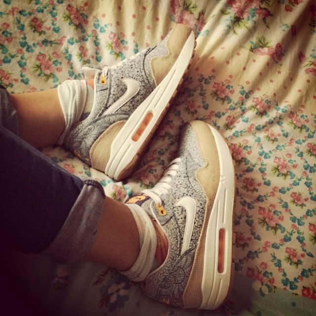 High Heels Hurt Me:平底鞋女孩都懂,那些與高跟鞋無緣的大小事 4