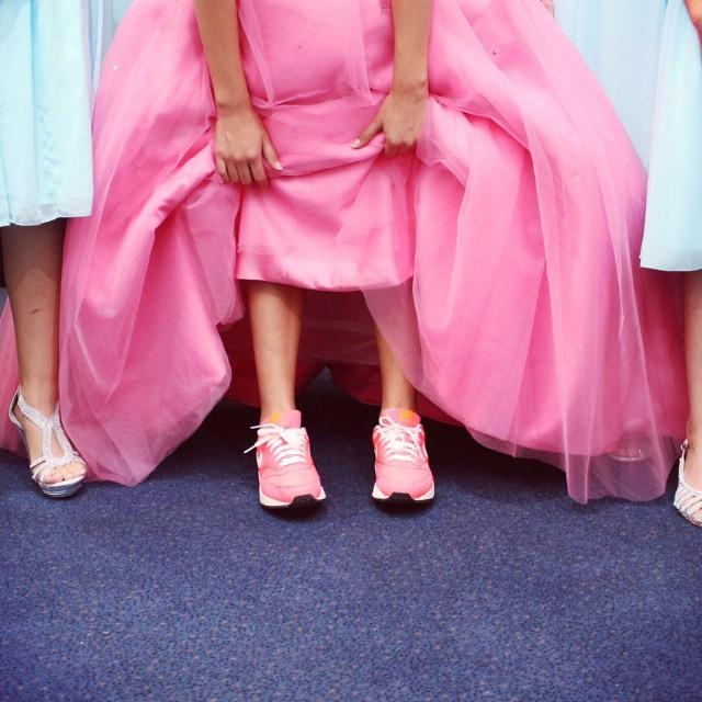 High Heels Hurt Me:平底鞋女孩都懂,那些與高跟鞋無緣的大小事 5