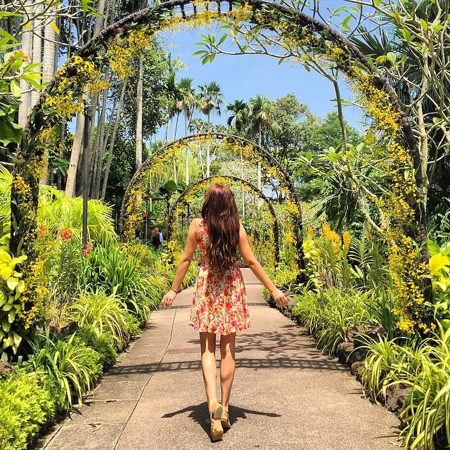 一年跑遍六大洲五十國,認識這位年僅23歲就能邊環遊世界邊賺錢的女孩 23