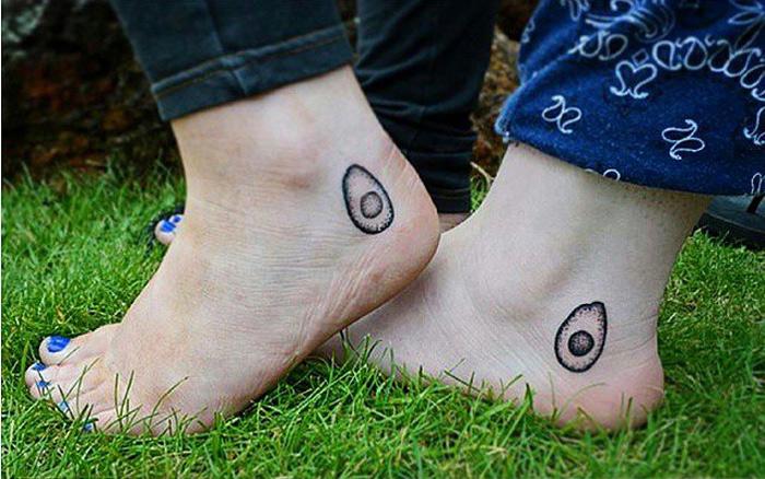 Tiny  Tattoo Ideas That Foodie Will Love 18