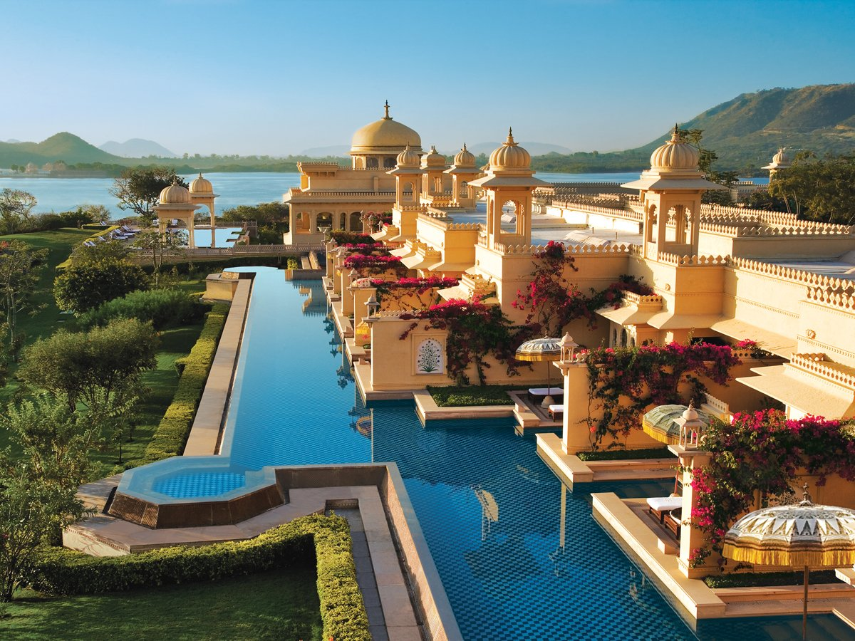 What it's like to stay in the world's best hotel, where guests are treated like Indian royalty 18