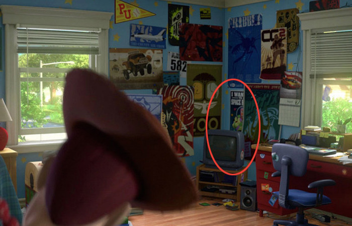 22 Details You Never Noticed In Toy Story 3 7