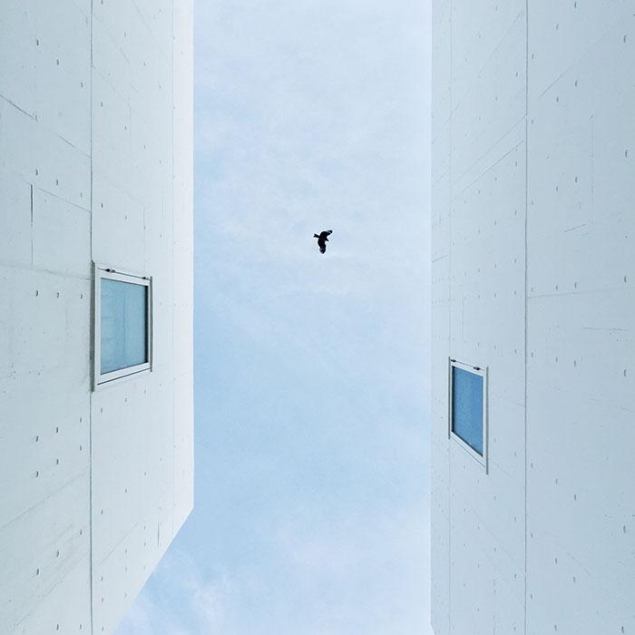 Enoshima Blues - 放眼望去只剩下藍與白:傳說的湘南海岸 – [Rice and Shine 專欄] 10