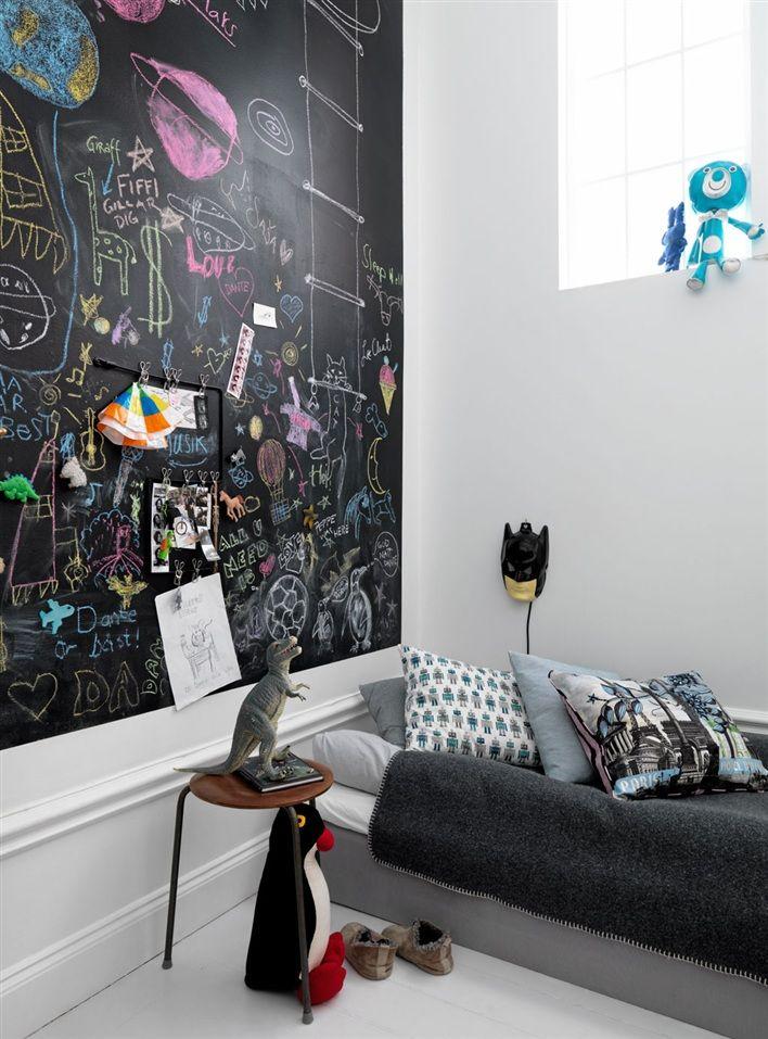 Home Decor Ideas : 想悠閒中帶一點復古?也許你家正是少了這樣一塊黑板 ‧ A Day Magazine
