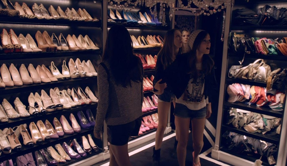 These Walk-in Wardrobes From Films Will Make You So Jealous 12