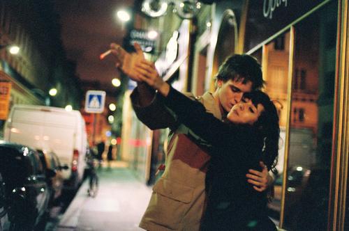 「很難,卻絕對值得」:7個原因讓你更勇敢去談一段遠距離戀愛 1