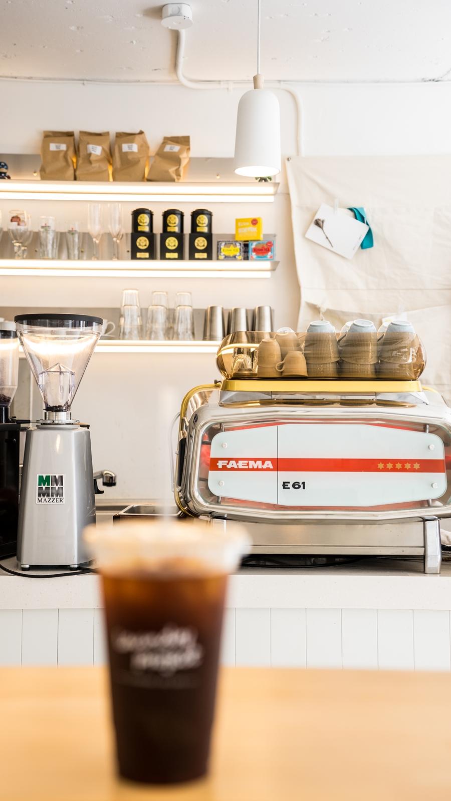 Lifestyle—慢活步調,自助洗衣店裡的咖啡香 8