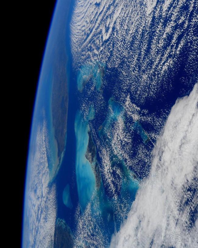 在浩瀚的宇宙裡,我們只是渺小塵埃:NASA 公布 2015 年最美的 9 張天文景觀 3