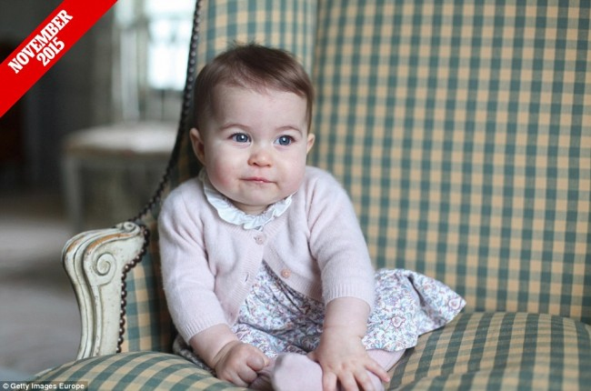 來自英國皇室的祝福:一家四口迎接小公主 Charlotte 的第 1 個快樂聖誕 3