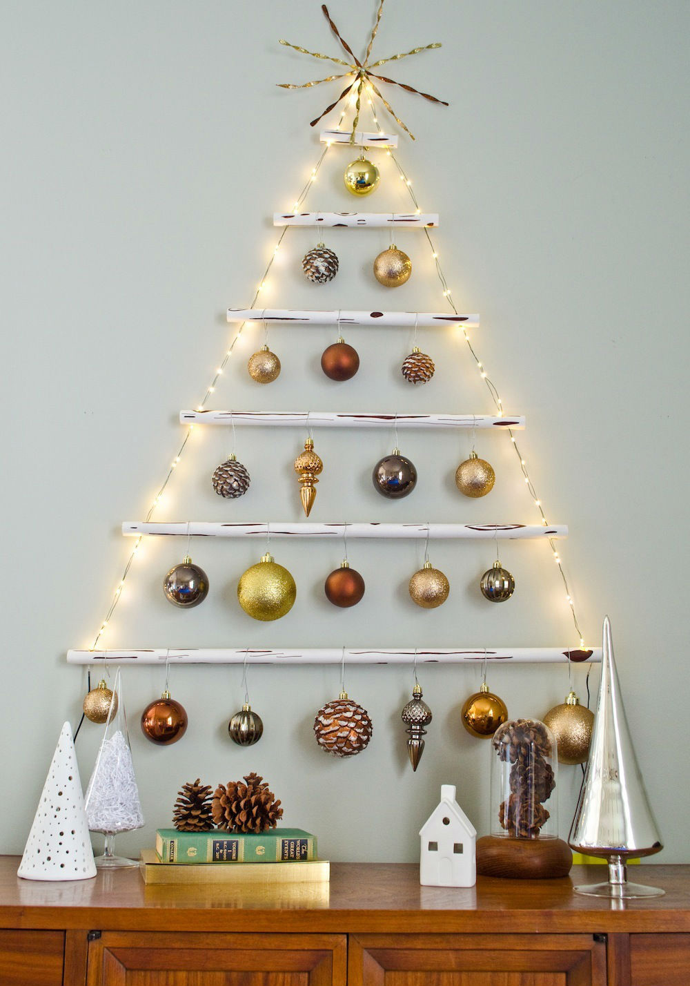 DIY Christmas Tree Ideas For Small Apartment 3